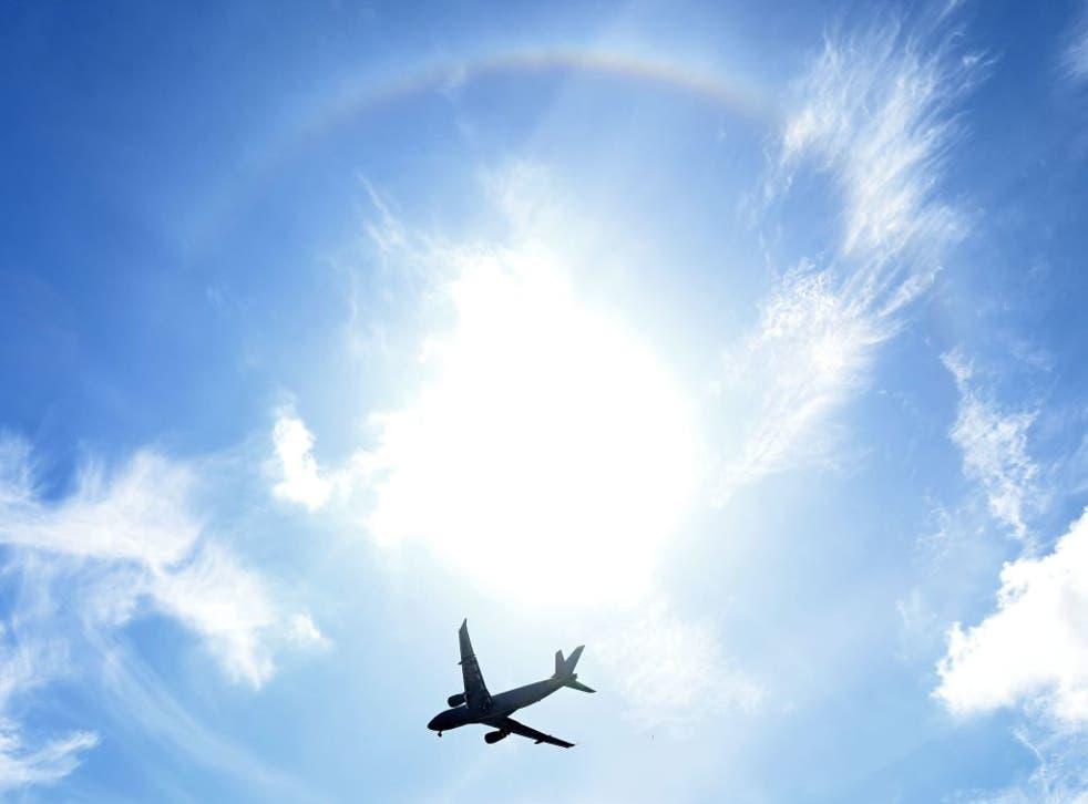 Airbus tiene planes para aviones comerciales propulsados por hidrógeno y libres de emisiones.