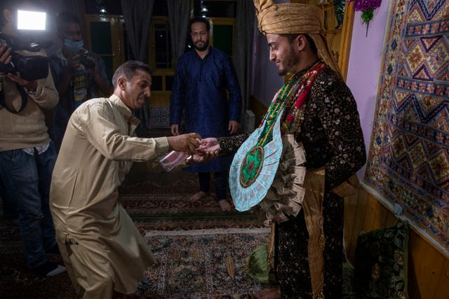 Virus Outbreak Kashmir Weddings Photo Gallery