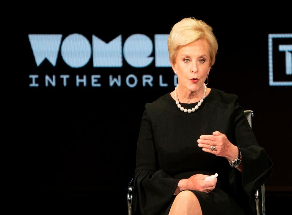 Cindy McCain, viuda del senador John McCain, muestra su apoyo a Joe Biden for president