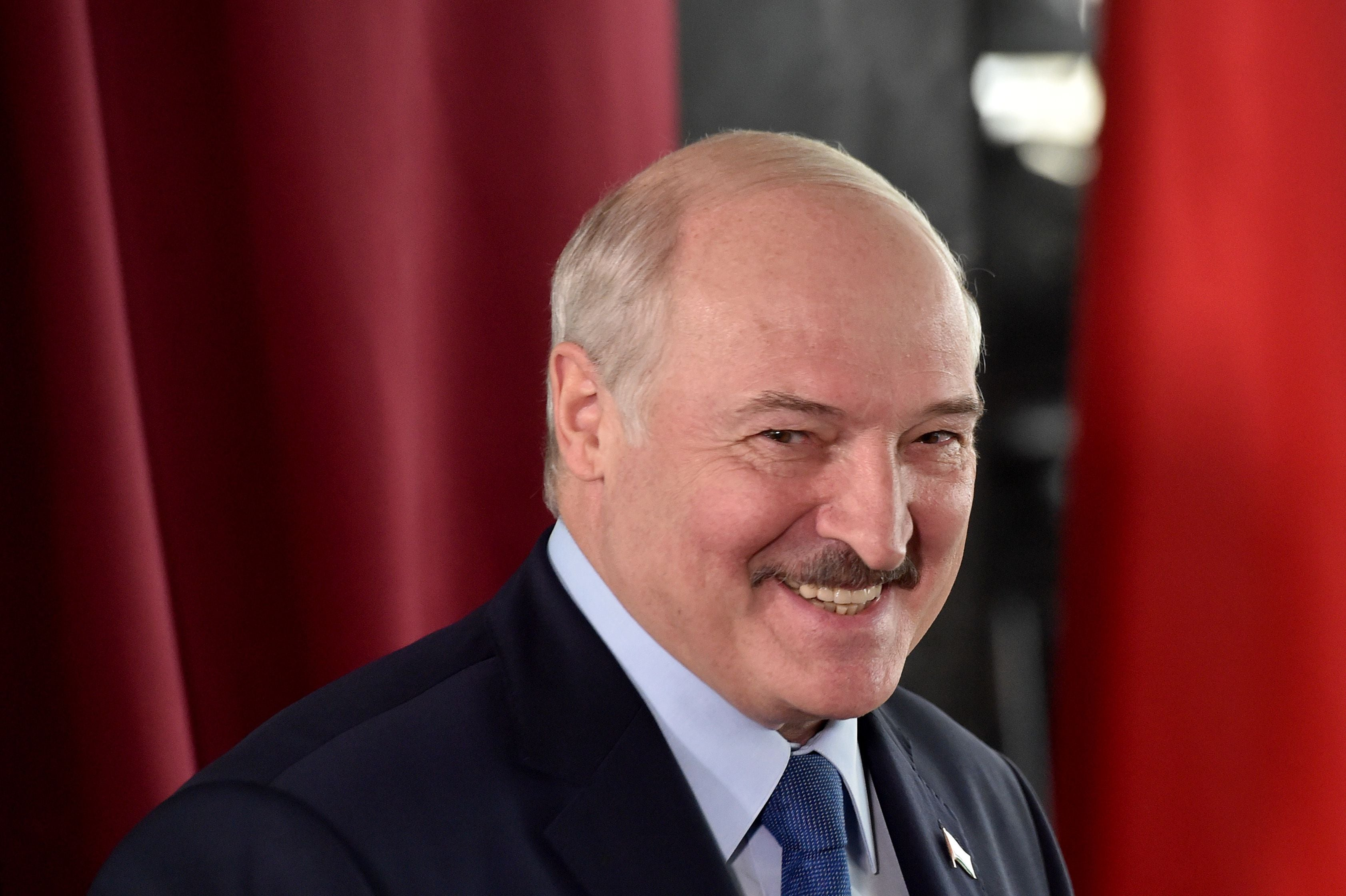 Belarus: Lukashenko secretly inaugurates himself after disputed election - independent