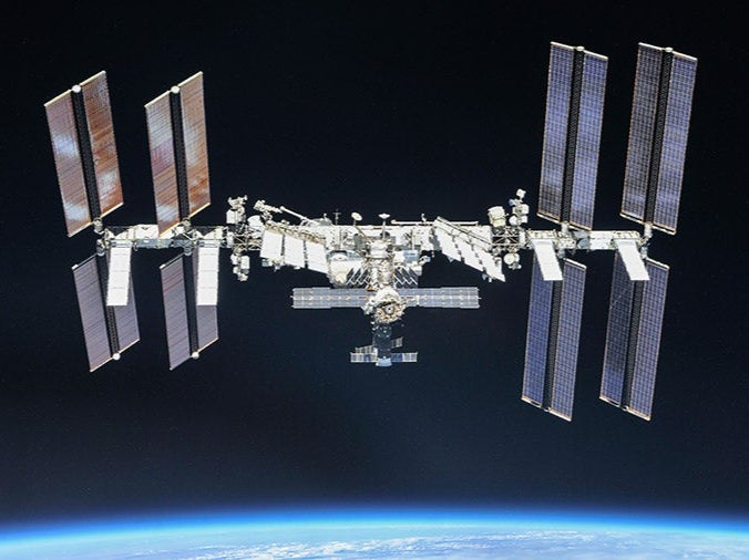 ISS forced to dodge space debris in emergency manoeuvre