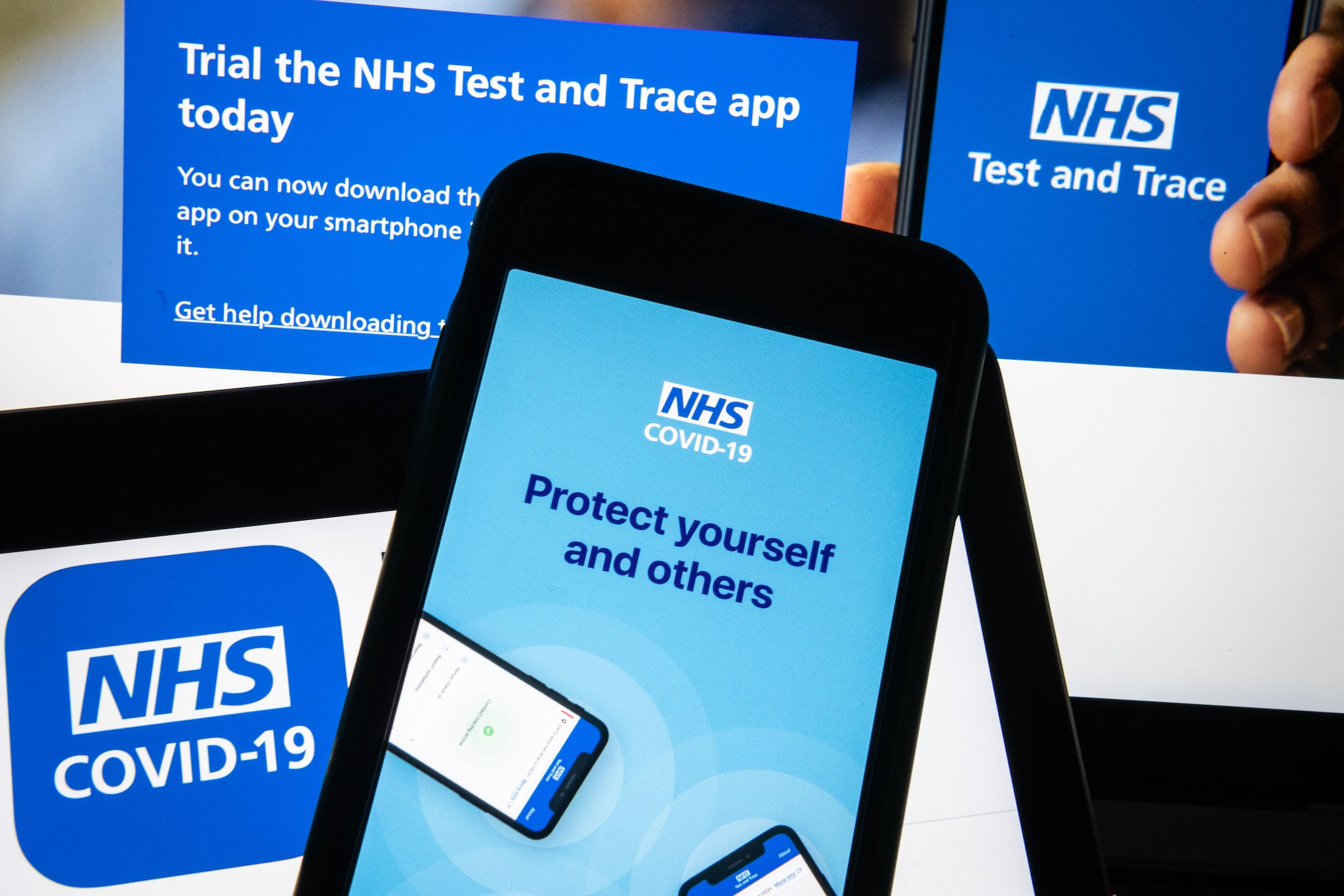 NHS coronavirus app: Future updates will warn users if they are exposing themselves to too many people, developers say