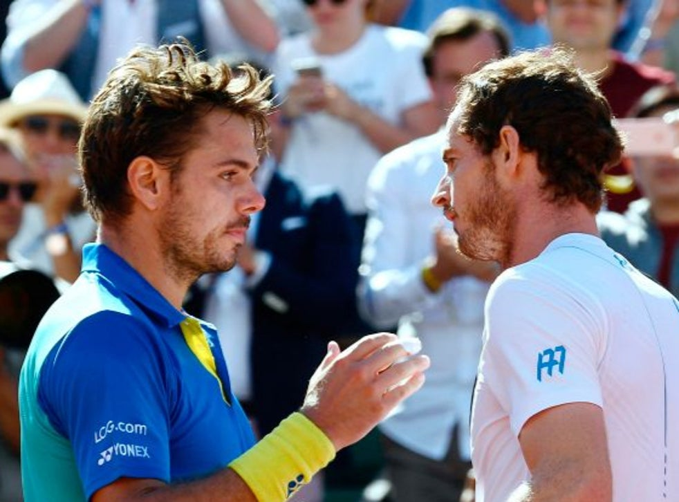Stanislas Wawrinka is congratulated by Andy Murray in 2017