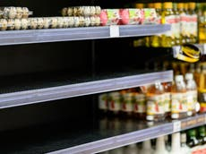 Which supermarkets are introducing rationing and why?
