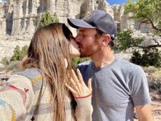 ¡Habrá boda! Lily Collins anuncia su compromiso con Charlie McDowell