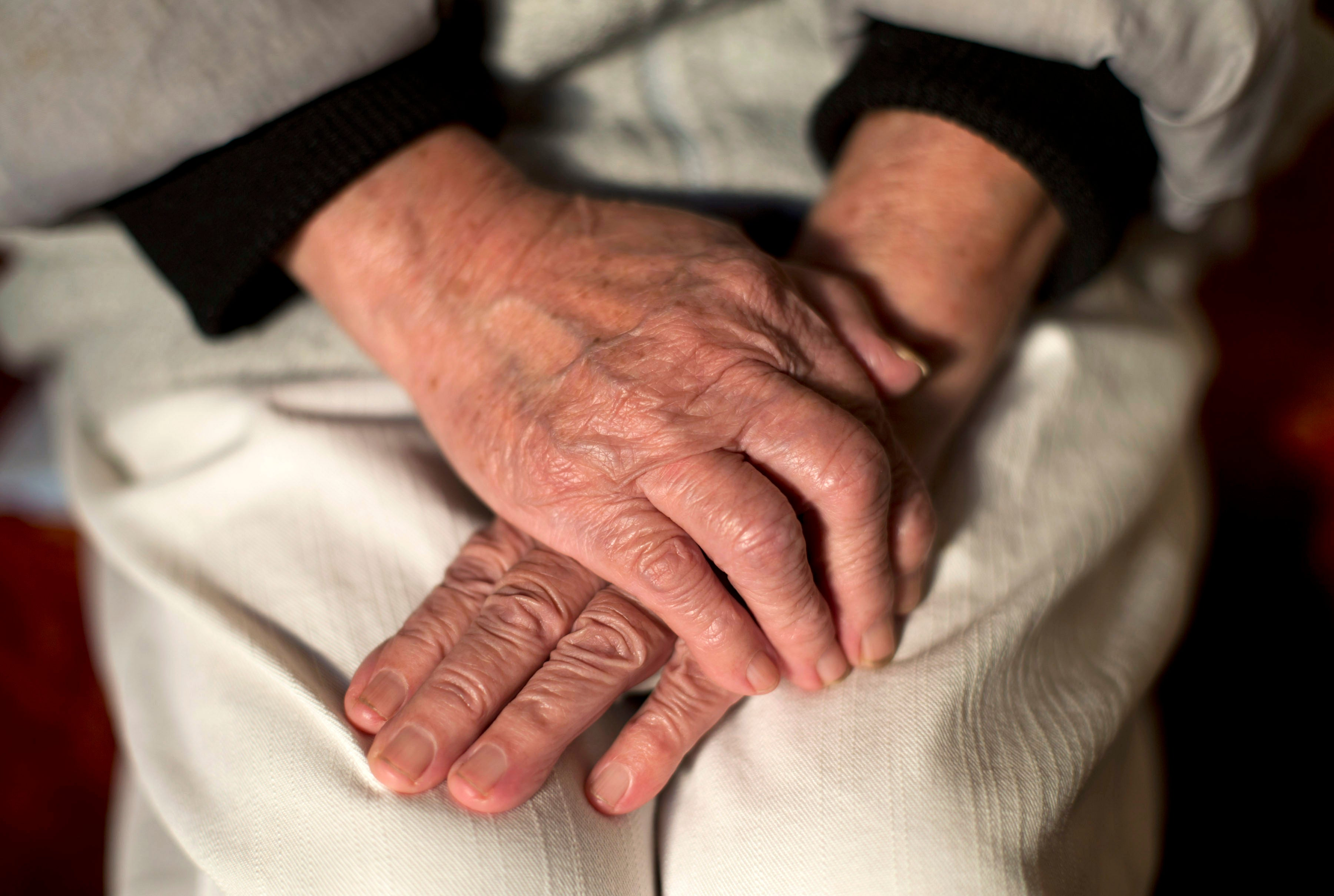 'Exhausted' family and friends spent 92 million extra hours caring for dementia sufferers during lockdown
