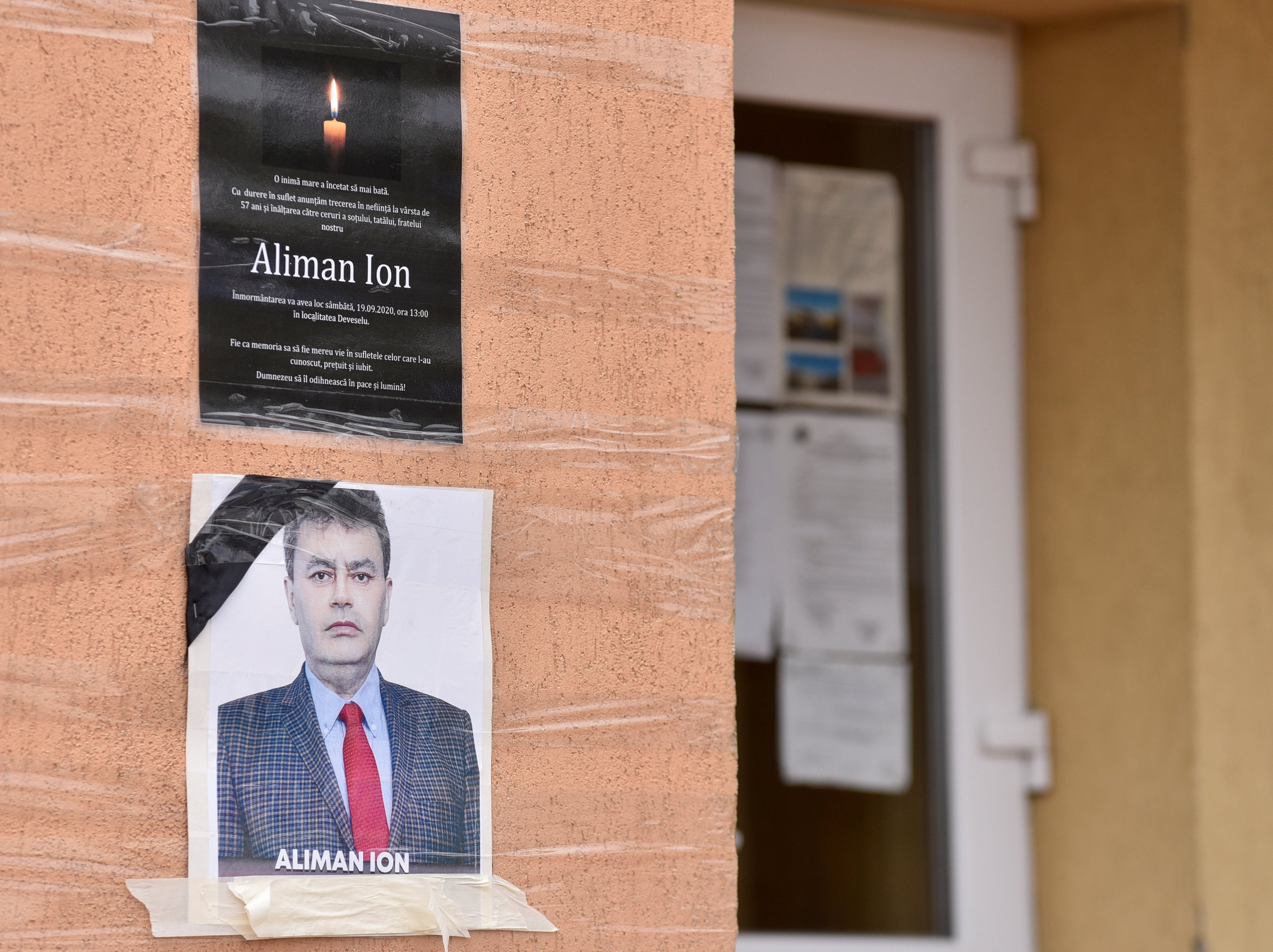 Romanian village re-elects dead mayor in landslide victory | The Independent