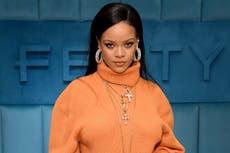 Rihanna responde a quienes la critican por utilizar protector solar