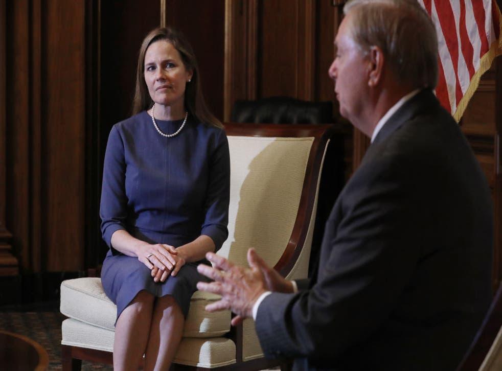 Amy Coney Barrett realizó una visita al Senado.