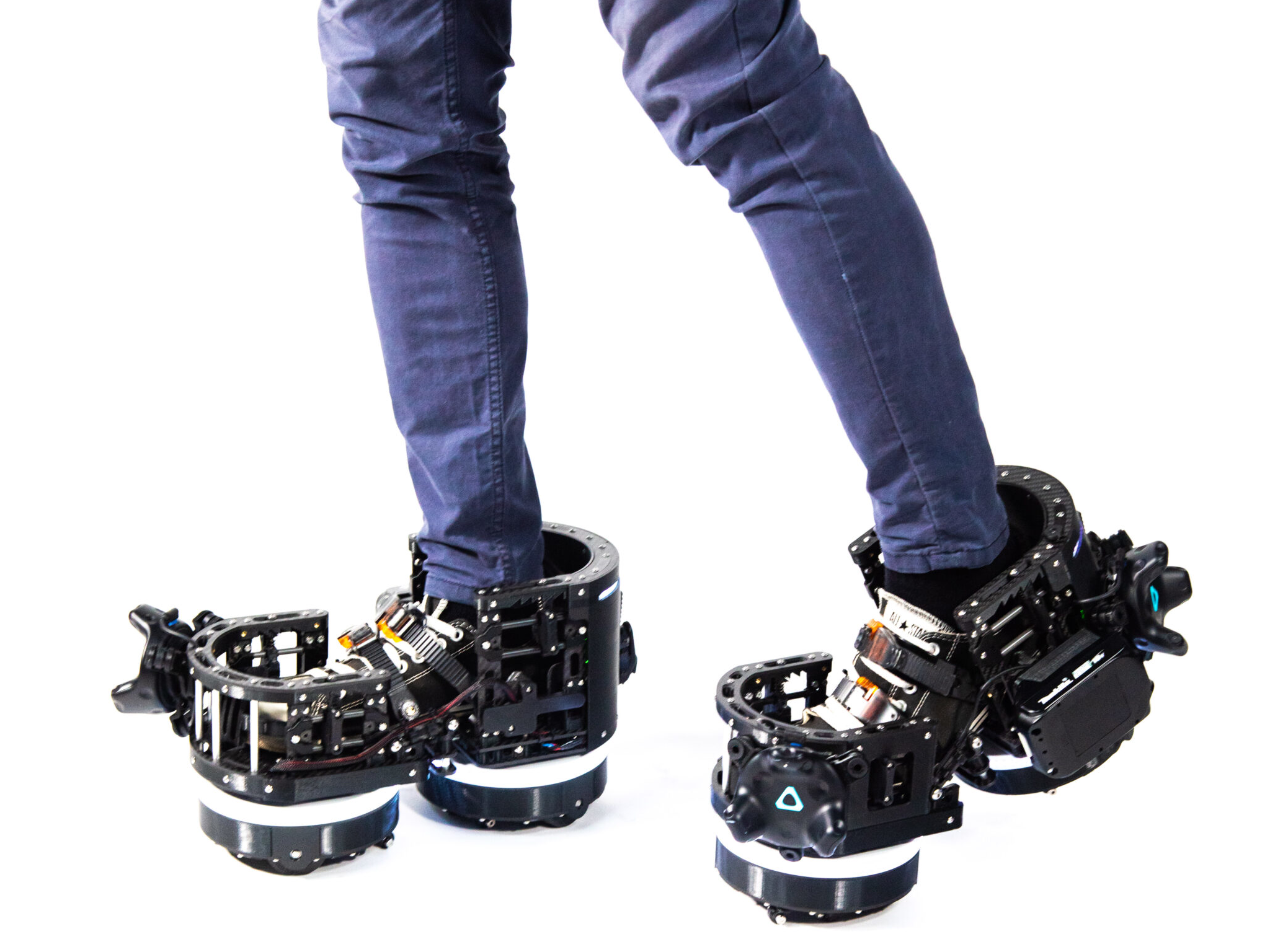 independent.co.uk - Adam Smith - New virtual reality boots let gamers walk around video games