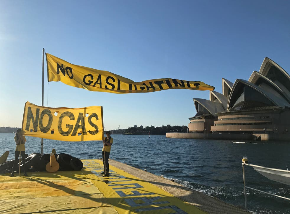 Fund Our Future Not Gas climate rally in Sydney Harbour