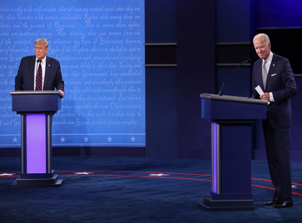 El presidente y el señor Biden intercambian golpes durante el primer debate.
