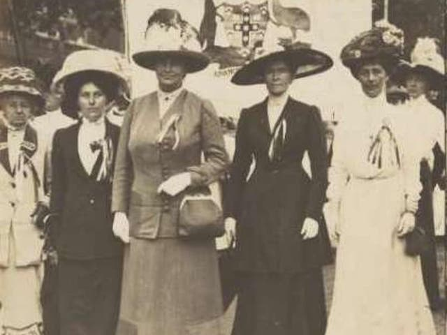Vida Goldstein (right) takes part in the great suffragette demonstration in London in 1911