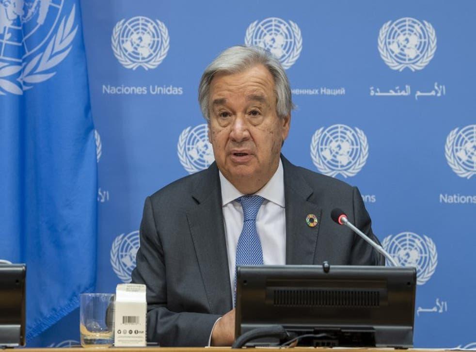 El secretario general de la ONU, Antonio Guterres, habla con periodistas en la 75ta sesión de la Asamblea General de Naciones Unidas  (Rick Bajornas/UN Photo via AP).