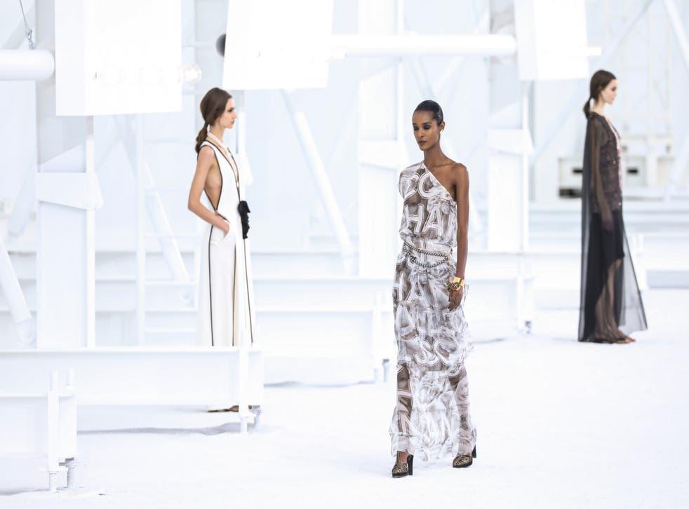 Paris Fashion S / C 2021 Chanel