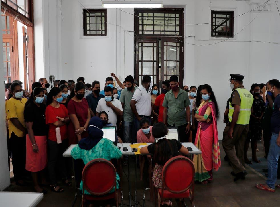 APTOPIX Virus Outbreak Sri Lanka