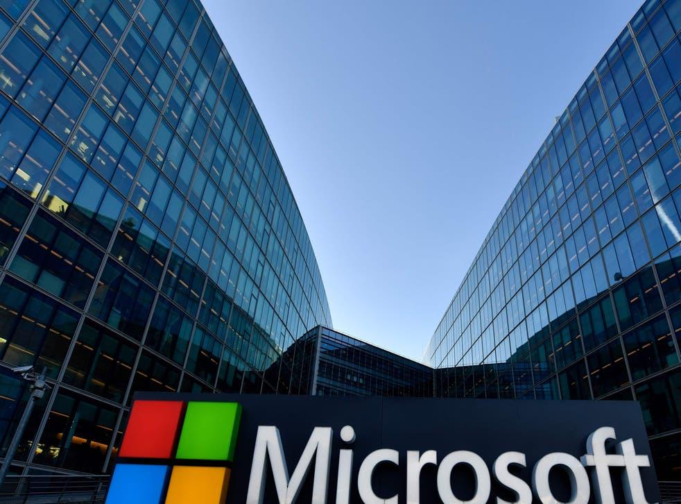 Las oficinas del gigante tecnológico permanecerán cerradas por lo menos hasta enero de 2021