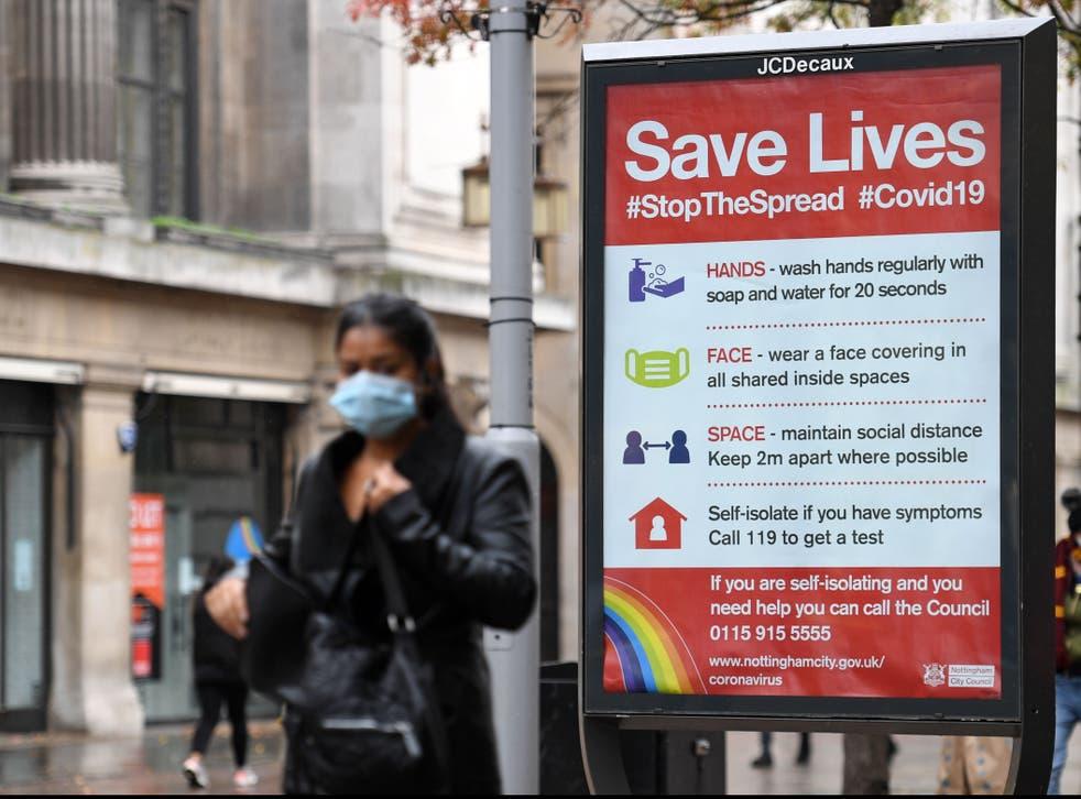 Nottingham tiene la tasa más alta de casos nuevos en Inglaterra y enfrenta el nivel más severo de restricciones