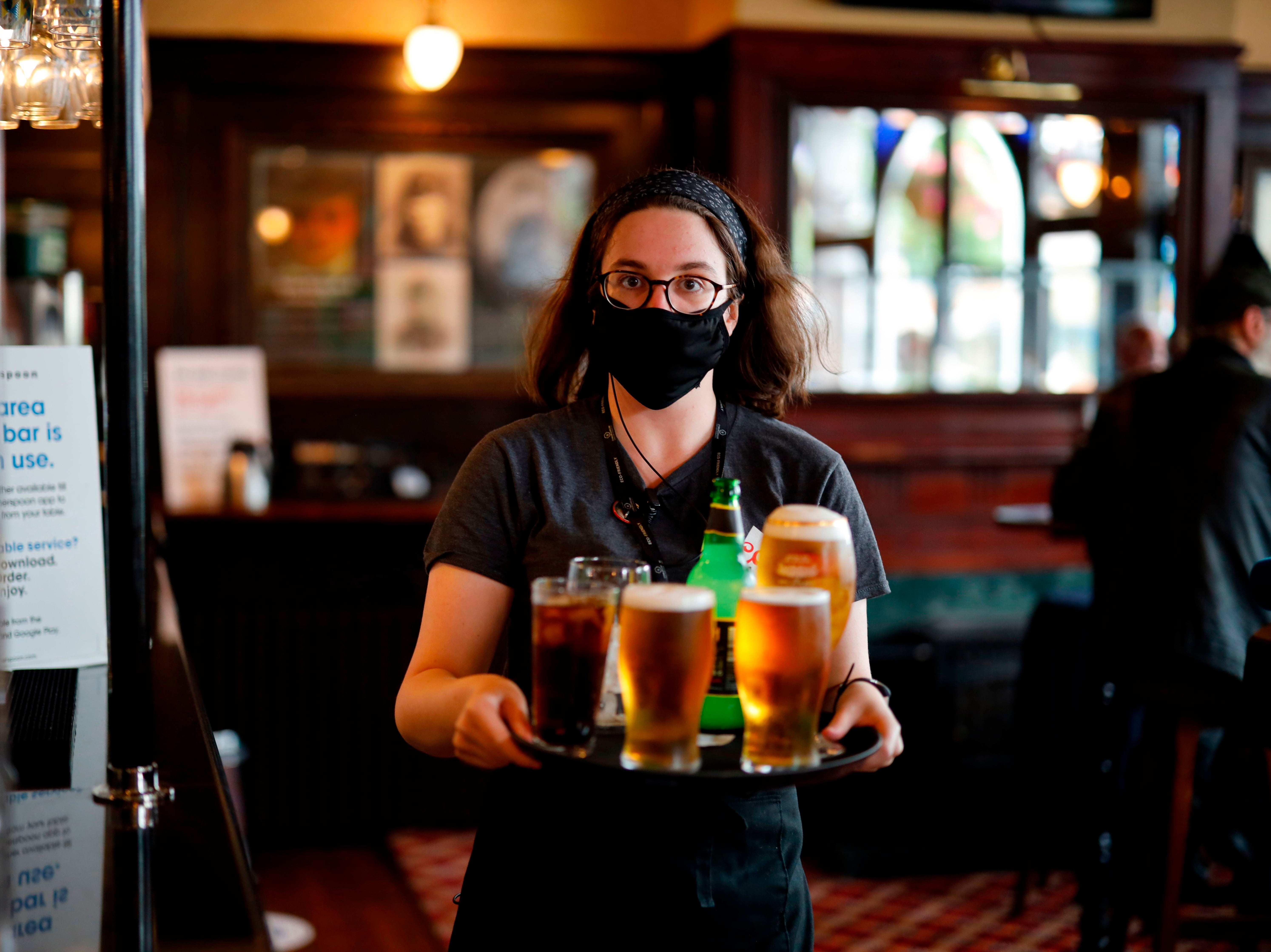 Three Tier Lockdown What Are The New Rules For Pubs And Bars In England The Independent