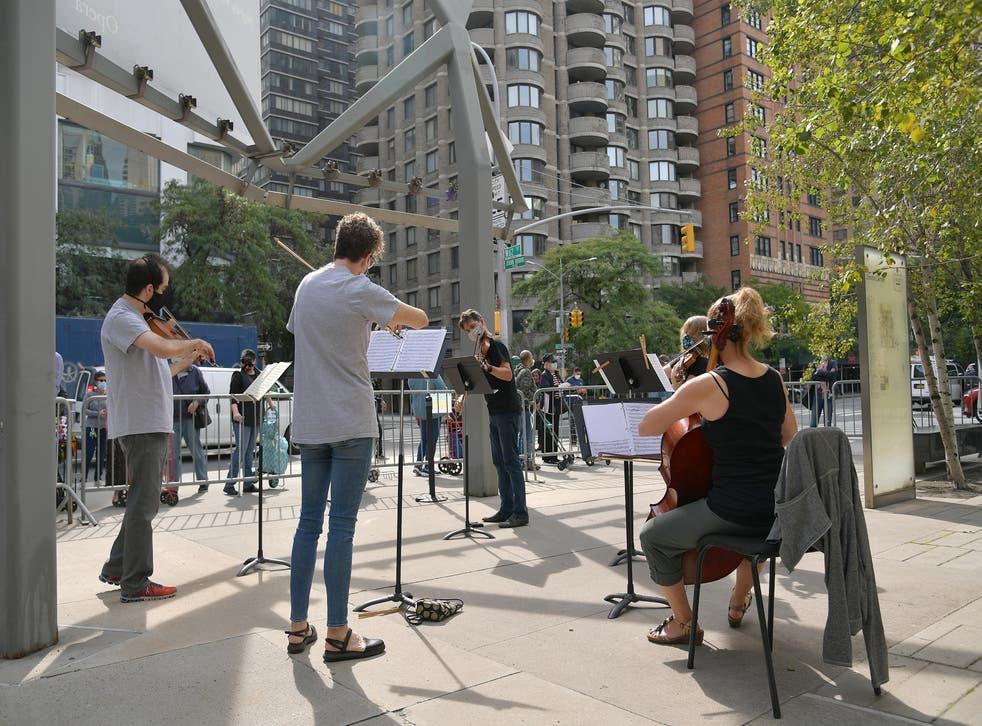 Filarmónica de Nueva York ofrece conciertos en la calle