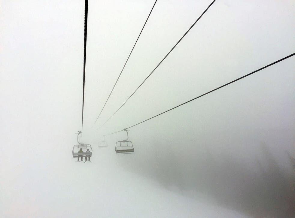 Temporada de esquí de brotes de virus
