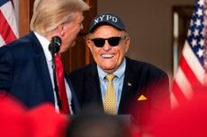 """Rudy Giuliani """"da tristeza"""": Fiscal general de Pensilvania"""