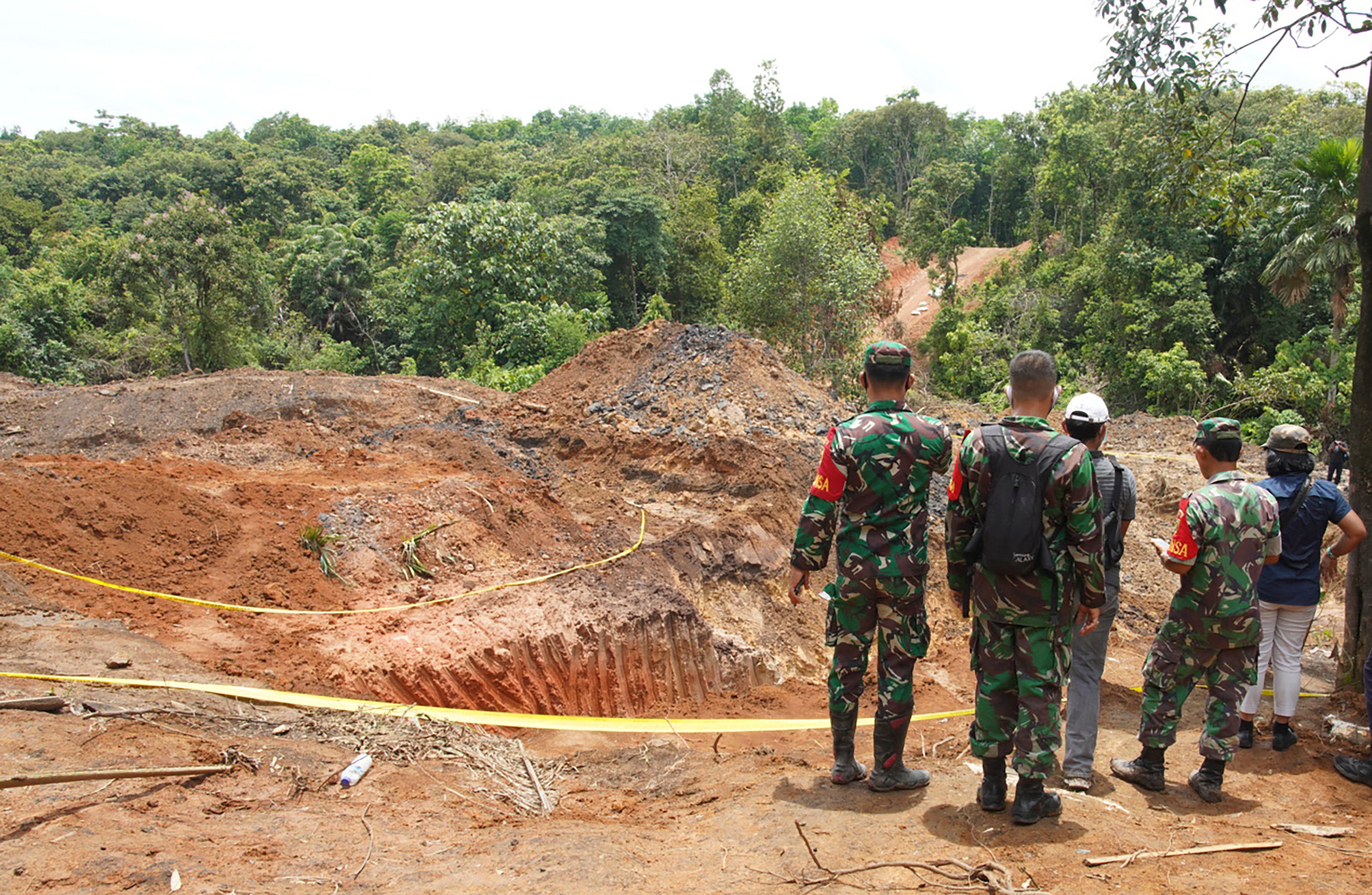 Landslide kills 11 miners in Indonesia - independent