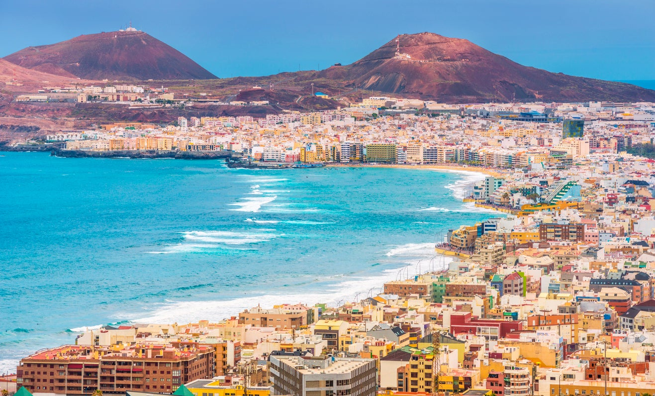 Latest travel advice for holidays in the Canary Islands