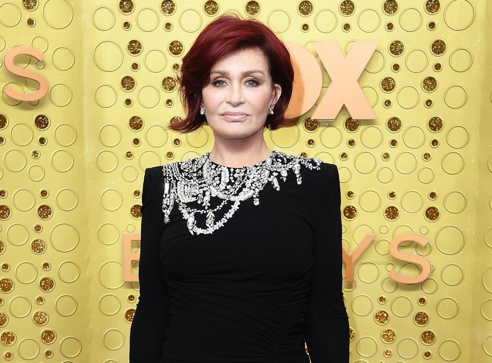 La ex juez de X Factor dijo que tomó la decisión de abortar y solo le contó a su madre lo que había sucedido después.