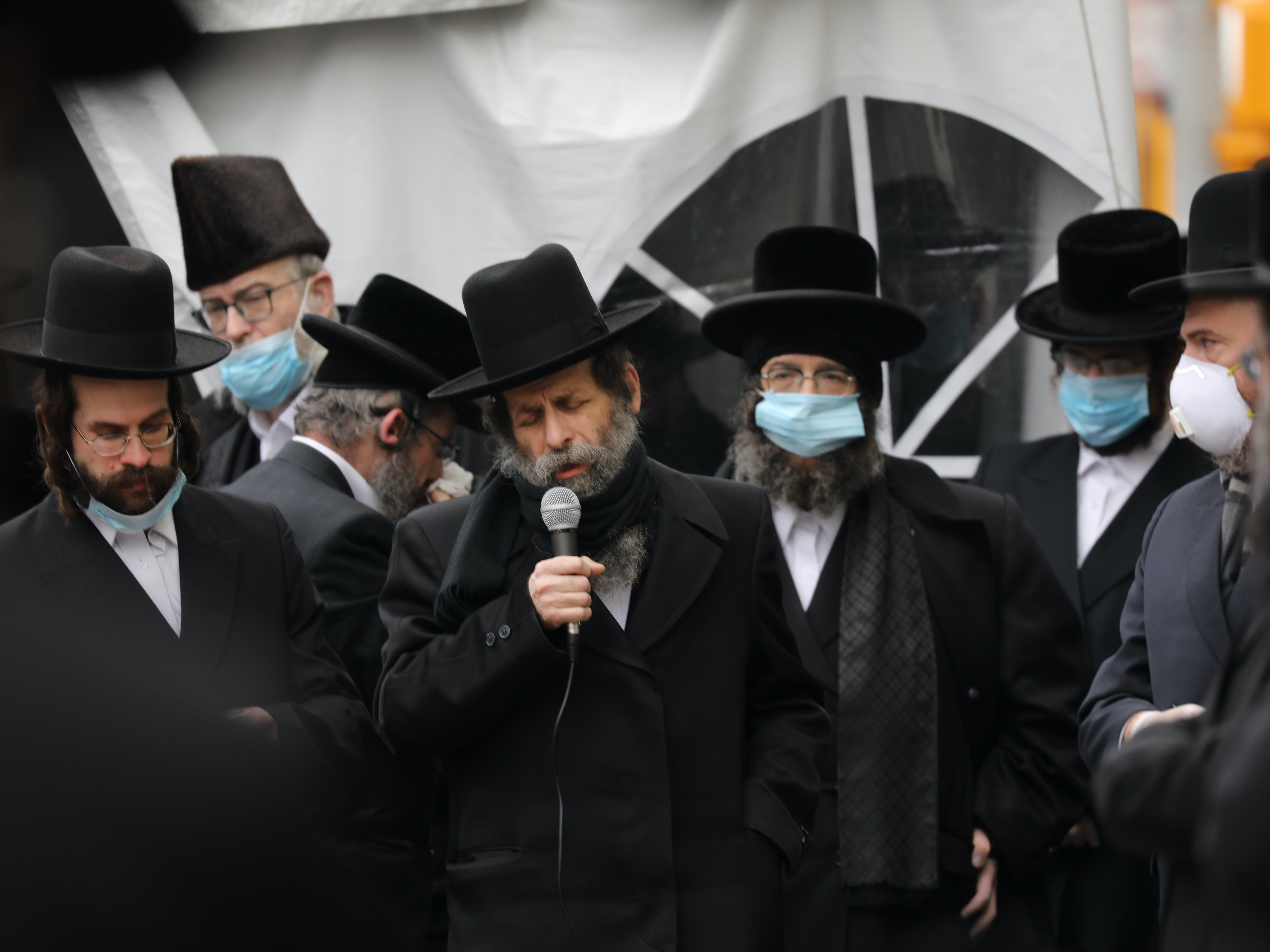 Europe's Jewish population drops by 60%, study finds