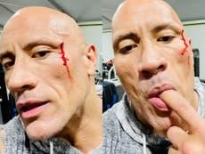 Dwayne 'The Rock' Johnson prueba su propia sangre después de una lesión en el gimnasio (VIDEO)