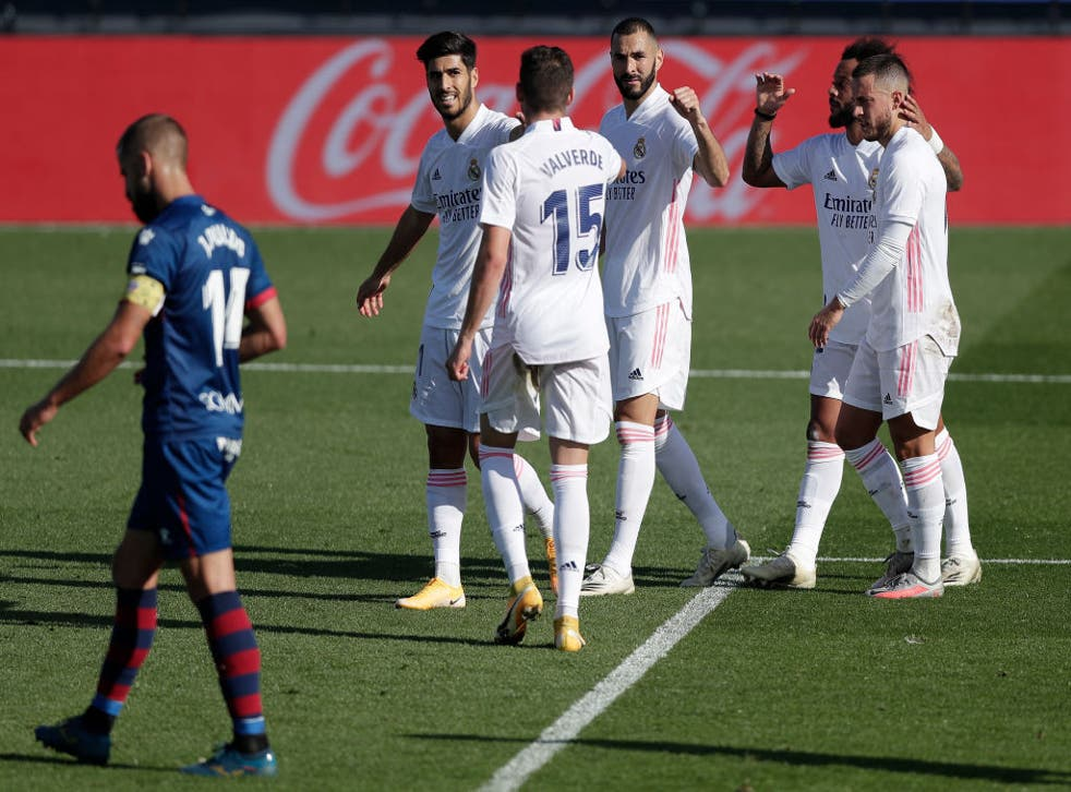 <p>Benzema marcó un doblete durante la victoria de los Merengues</p>