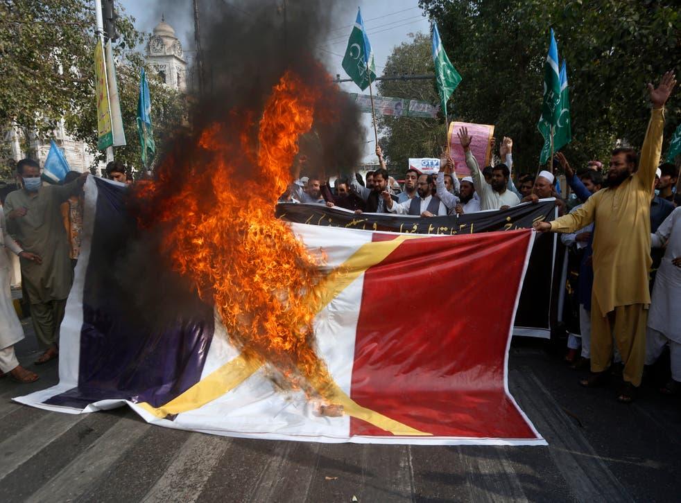France Muslims Under Pressure
