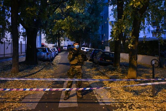 <p>Ataque a sacerdote en Lyon, Francia.</p>