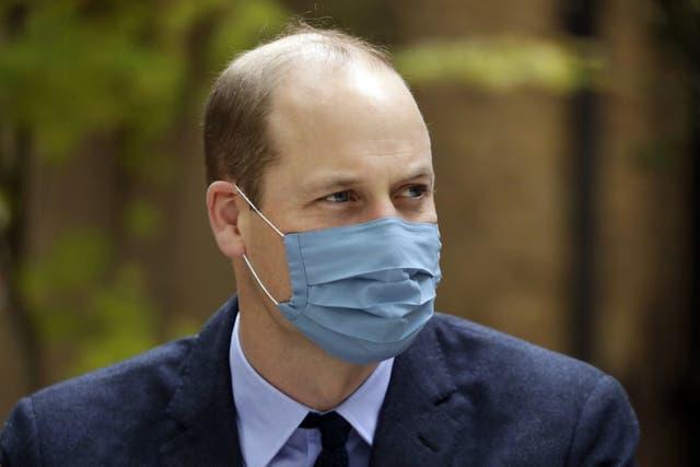 <p>El príncipe, que es el siguiente en la fila para suceder a su padre en el trono, fue tratado por médicos del palacio y puesto en cuarentena en la casa familiar de Anmer Hall.</p>