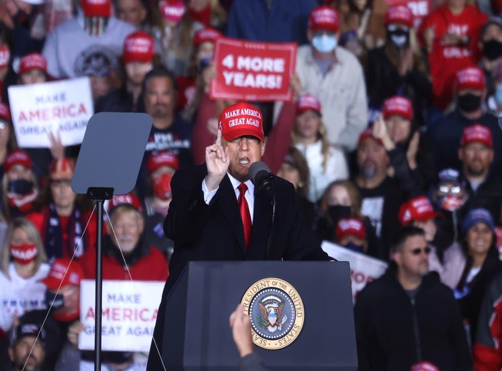 <p>Donald Trump realiza un mitin de campaña en Georgia 2 días antes de las elecciones.</p>