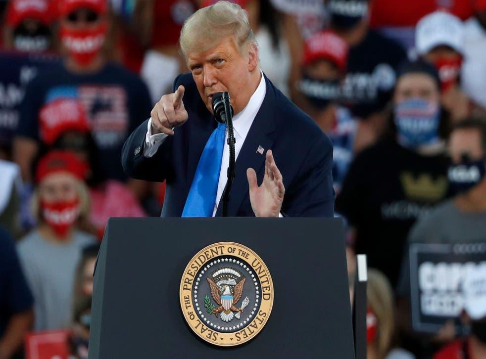 El presidente de los Estados Unidos durante un mitin en Carson City, Nevada.