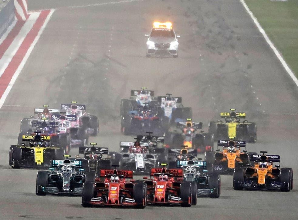 <p>Los lugares del Golfo, incluidos Manama, Bahrein y Abu Dhabi, Emiratos Árabes Unidos, ya albergan carreras de F1.</p>