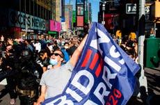Neoyorquinos celebran derrota del presidente en la Torre Trump