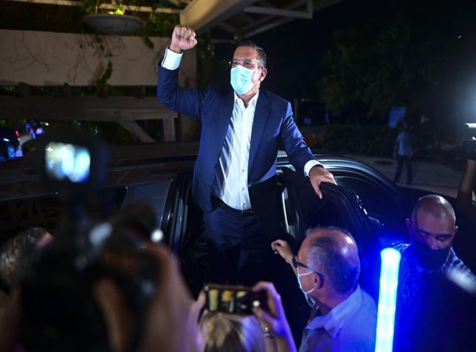 Pedro Pierluisi, candidato a gobernador del Partido Nuevo Progresista celebra la ventaja que obtenía en las elecciones generales puertorriqueñas.