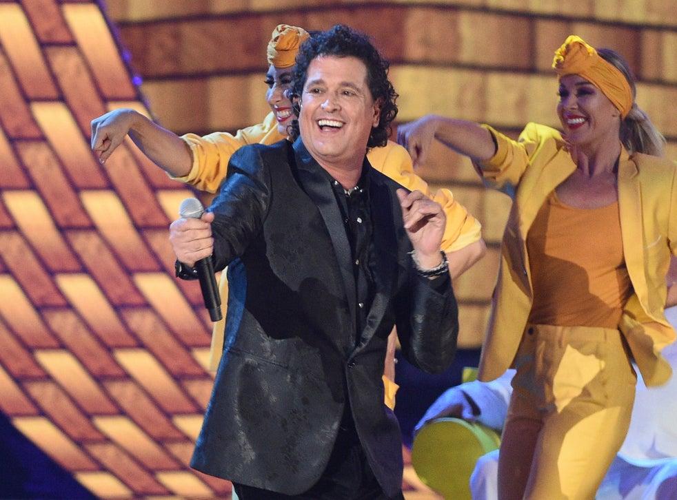 """<p>Carlos Vives se llevó el premio al Mejor video músical versión larga con """"El mundo perdido de cumbiana""""</p>"""
