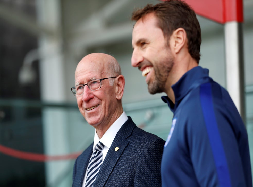 Sir Bobby Charlton (left) is the fifth member of the 1966 team to suffer from dementia