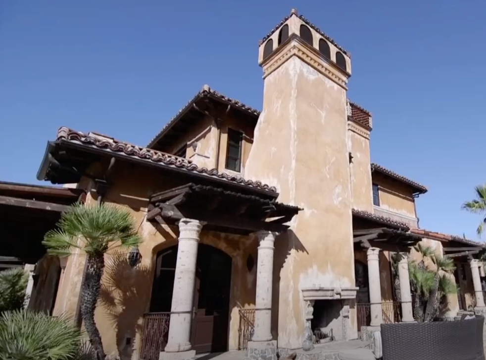 """<p>Ahora puedes alquilar la mansión """"The Bachelor"""" en Airbnb.</p>"""