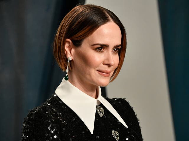 Sarah Paulson attends the 2020 Vanity Fair Oscar party on 9 February 2020 in Beverly Hills, California