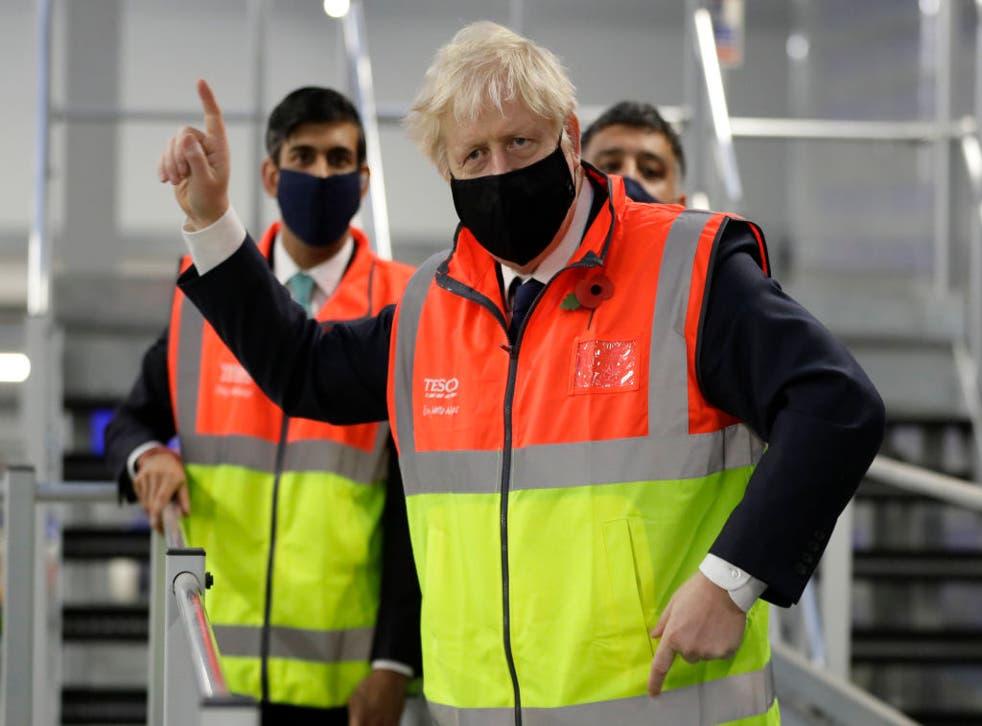 El primer ministro fue ingresado en cuidados intensivos a principios de este año tras contraer coronavirus.