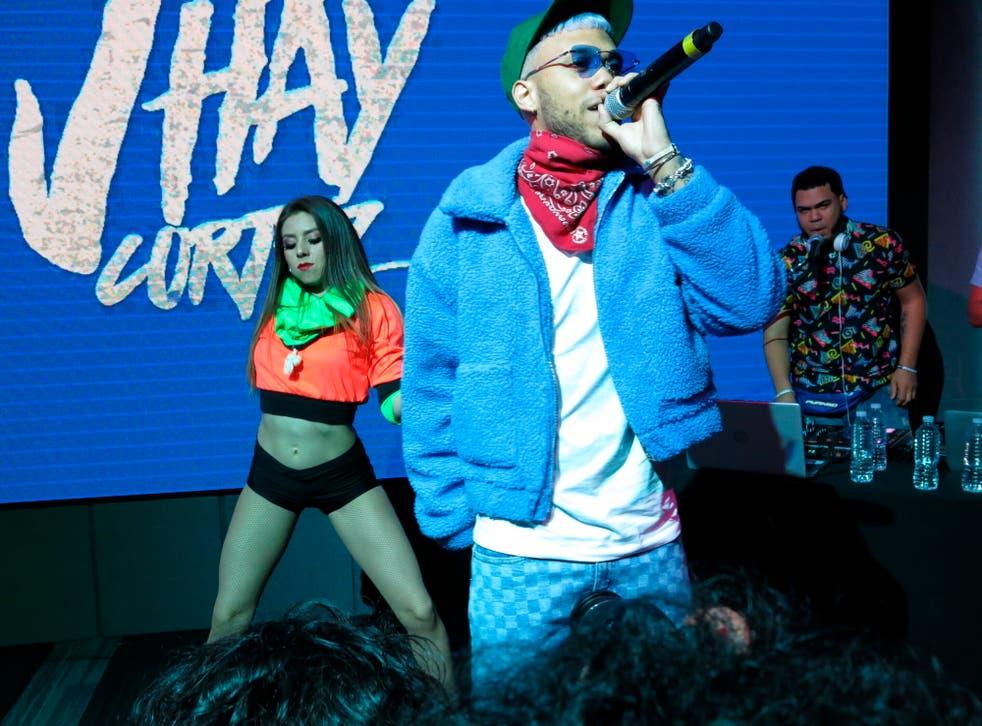 """<p>Cortez anhela llevarse el jueves el Latin Grammy, un premio por el que compite por primera vez como cantante por """"Medusa"""" con Anuel AA y J Balvin.</p>"""