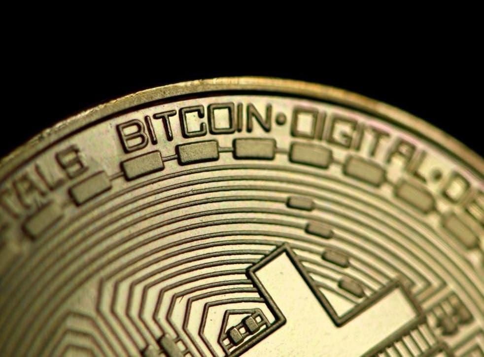 La cuenta de Twitter de Elon Musk ha estado plagada de estafadores de bitcoins