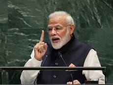 Video de primer ministro indio rechazando una máscara se vuelve viral