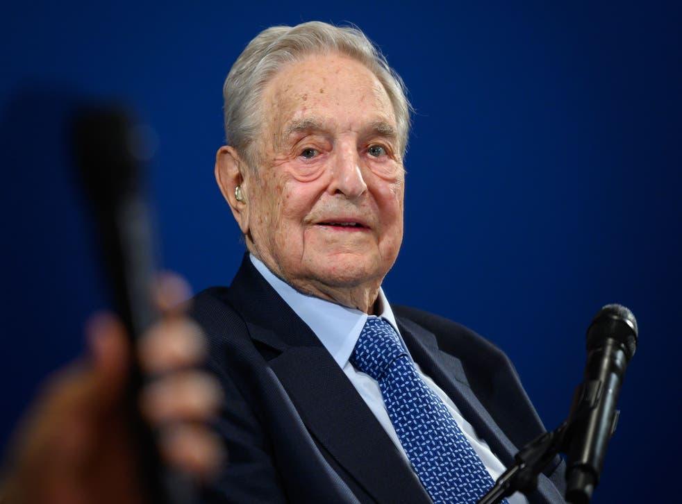 <p>Soros suele ser un personaje central en las teorías de conspiración de derecha</p>