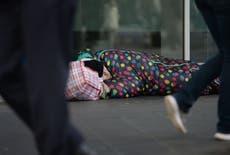 Covid: Indigentes en Europa podrían no tener una cama caliente